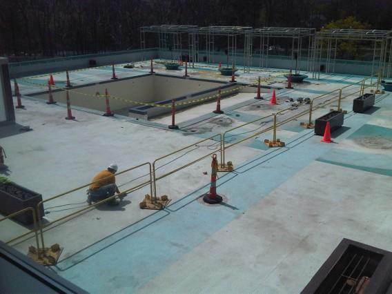 Indigo Hotel Pool 1